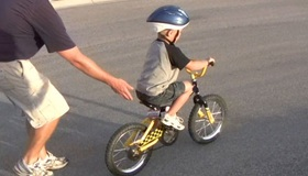 Recommended_bikeridingnoshaddow_web